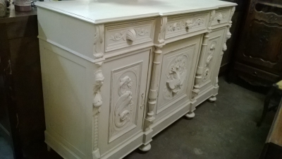 PAINTED ITALIAN SIDEBOARD (4).jpg