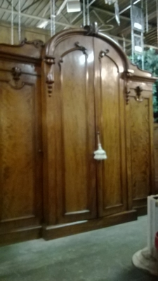 HUGE 4 DOOR ARMOIRE (1).jpg