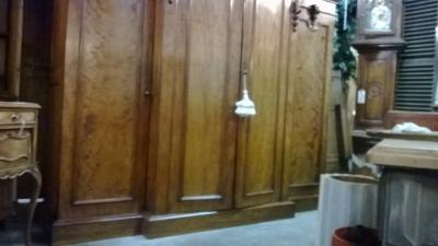 HUGE 4 DOOR ARMOIRE (3).jpg