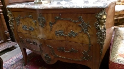 LOUIS XV MARBLE TOP COMMODE WITH FIGURAL ORMOLU (1).jpg