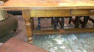 OAK TURNED LEG TABLE WITH DRAWER (5).jpg