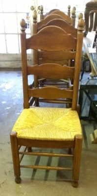 SET OF 6 LADDDER BACK RUSH SEAT CHAIRS (1).jpg