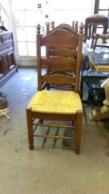 SET OF 6 LADDDER BACK RUSH SEAT CHAIRS (2).jpg