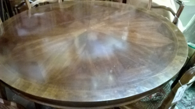 ROUND PEDESTAL BASE TABLE (2).jpg