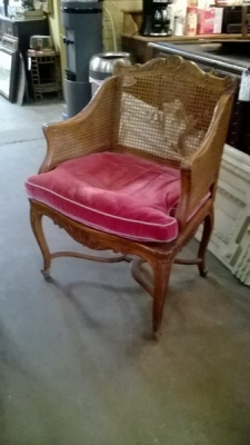 15C6 LOUIS XV CANED BERGERE.jpg