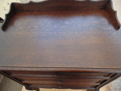 14A01004 3 DRAWER FRENCH OAK CHEST