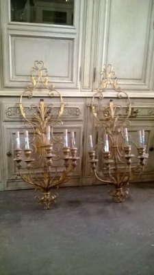 15C26 PAIR OF WOOD AND IRON SCONCES.jpg