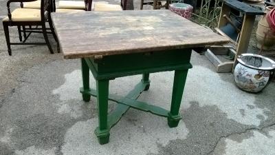 15C21100 GREEN PAINTED PINE BAKERS TABLE   (1).jpg