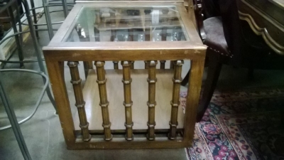 15C26901 MIDCENTURY TABLE WITH SPINDLES.jpg