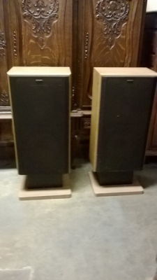 36-VINTAGE SONY SPEAKERS (1).jpg