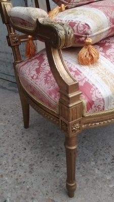 15D22105 LOUIS XVI GILT FAUTEUIL CHAIRS (3).jpg