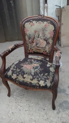 15D22109 LOUIS XV ARM CHAIR (2).jpg