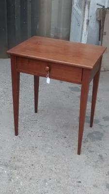 15D22127 SHAKER STYLE TABLE.jpg