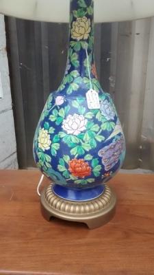 15D22134 CHINESE PORCELAIN  LAMP (2).jpg