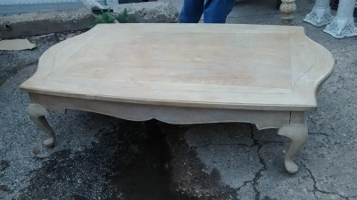15D23606 WHITE WASHED PINE COFFEE TABLE.jpg