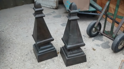 15D23630 LARGE TIN FINIALS (1).jpg