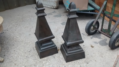 15D23630 LARGE TIN FINIALS (2).jpg