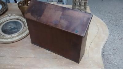 15D23648 COPPER LETTER BOX.jpg