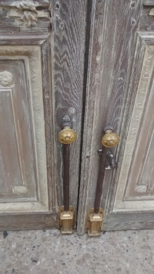 15D23649 TALL FABULOUS  FRENCH DOORS WITH ORIGINAL HARDWARE (5).jpg