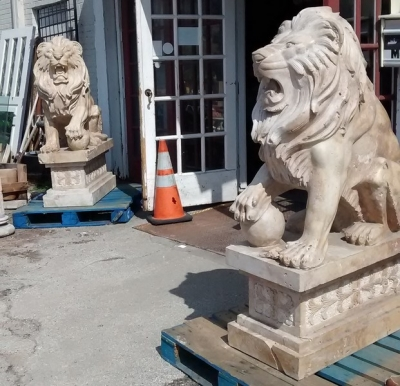15E01100 PAIR OF LARGE CARVED TAVERTINE  LIONS (6).jpg