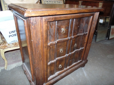 14C31244 3 DRAWER CHEST OF DRAWERS