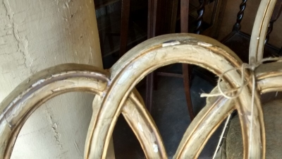 15D27103 PAIR OF PAINTED ITALIAN CHAIRS (7).jpg