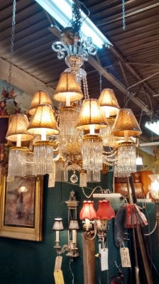 02-20 LIGHT CRYSTAL CHANDELIER (1).jpg