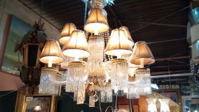 02-20 LIGHT CRYSTAL CHANDELIER (2).jpg