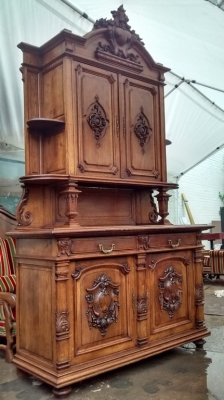 15E07006 LARGE FRENCH CARVED OAK BUFFET (1).jpg