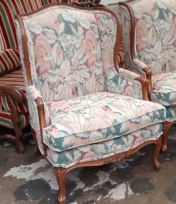 15E07007 PAIR OF LOUIS XV WINGBACK CHAIRS (2).jpg