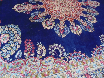 14D02005 LARGE HAND WOVEN RUG 12FEET X 9 FT 3 INCHES DETAIL (3)