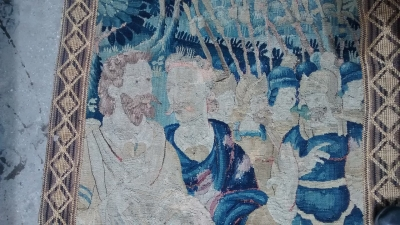 15E07103 LARGE VERTICAL TAPESTRY REMENANT (5).jpg