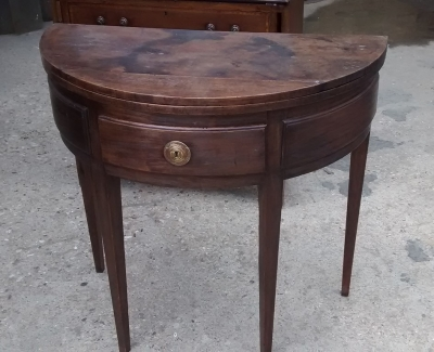 15E07106 7BRITTISH COLONIAL DEMILUNE FLIPTOP GAME TABLE (1).jpg