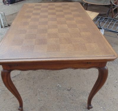 14D02010 LOUIS XV DARK OAK DRAWLEAF TABLE WITH SQUARES (1)