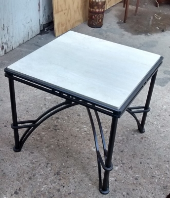 15E07111 MODERN IRON TABLE WITH MARBLE TOP.jpg
