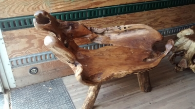 15E11511 MEDIUM CURVED BENCH MADE FROM LOG.jpg