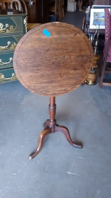 15E12005 ENGLISH QUEEN ANNE TILT TOP TABLE (1).jpg