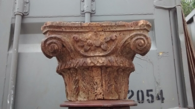 15E19014 PAIR OF 17TH CENTURY COLUMNS WITH CAPITALS  (2).jpg
