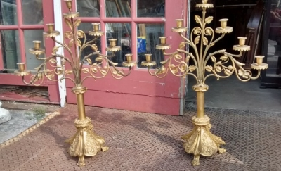 15E19027 PAIR OF BRASS CANDLEABRAS (1).jpg