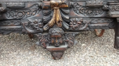 15E19084 17TH CENTURY CARVING WITH 18TH CENTURY SURROUND (3).jpg