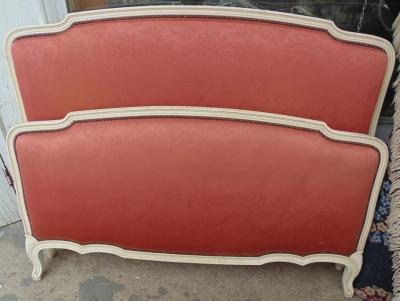 14D02016 LOUIS XV UPHOLSTERD BED