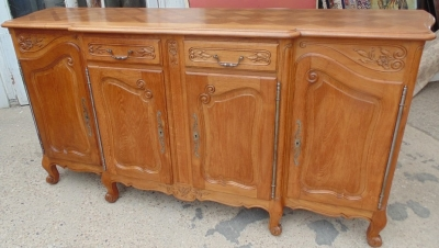 14D02022 LOUIS XV OAK SIDEBOARD