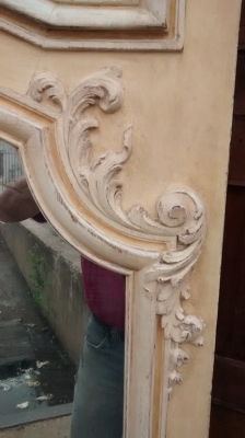 15E19026  PAINTED TRUMEAU MIRROR WITH FLORAL PAINTING (2).jpg
