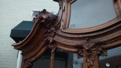 15E19030 19TH CENTURY HIGHLY CARVED SECRETARY TOP ON IRON BASE (4).jpg