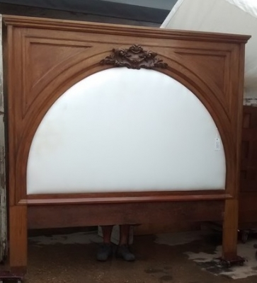 15E19152 TEAK KING SIZE BED WITH CARVED CARTOUCHE (1).jpg