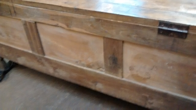 15E19025 197H CENTURY FRENCH WALNUT COFFER BENCH (5).jpg
