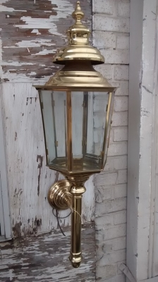 BRASS WALL SCONCE.jpg