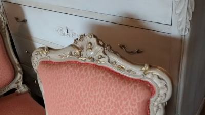 15E19156 SET OF 4 LOUIS XV PAINTED CHAIRS (3).jpg