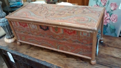36-SMALL PAINTED TRUNK.jpg