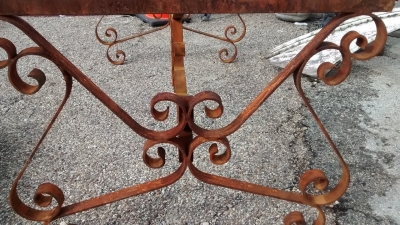 IRON TABLE BASE  (3).jpg